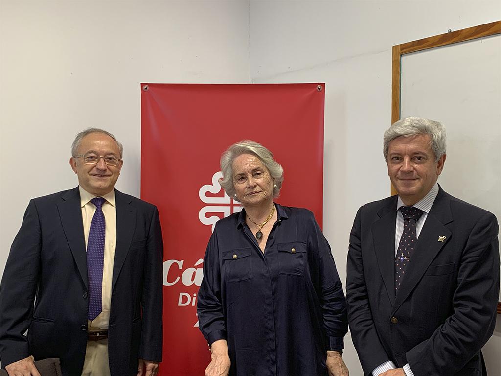 Entrega del donativo a Caritas Zaragoza