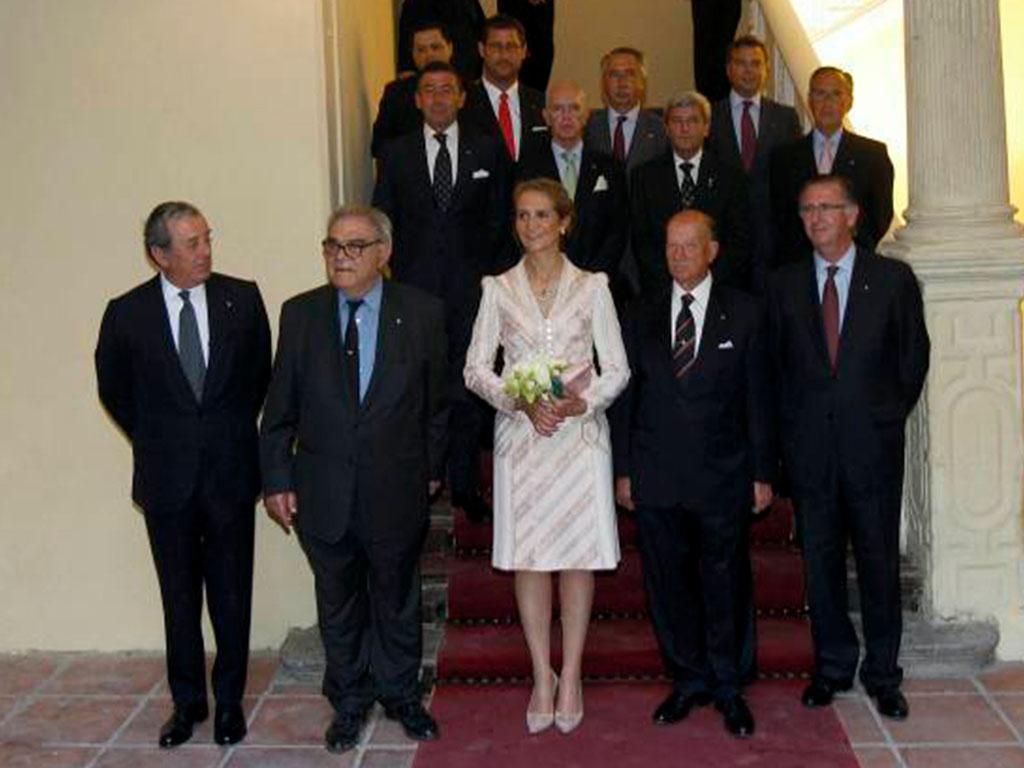 visita-Infanta doña Elena